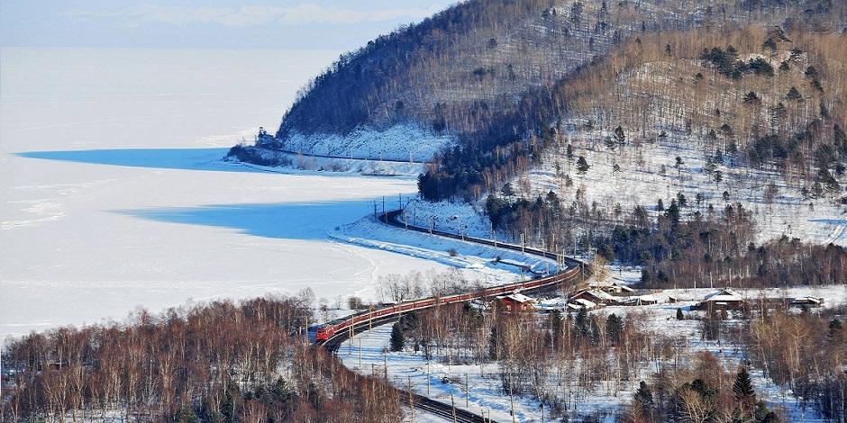 Transiberian lancé dans la neige